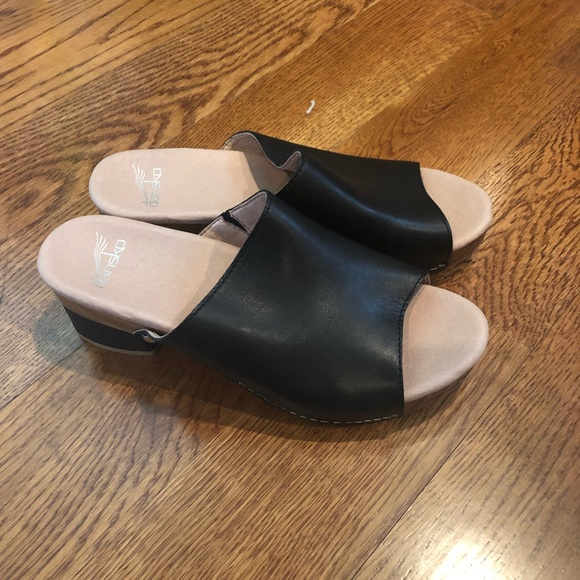 21ffdef20120 Dansko Shoes - Dansko Maci Black Size 8